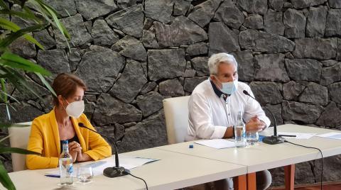Onalia Bueno y José Miguel Rodríguez Fraga, Asociación de Municipios Turísticos de Canarias (AMTC)