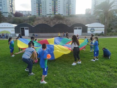 Niños con deseos navideños con el Plan Integral del Valle de Jinámar, Telde