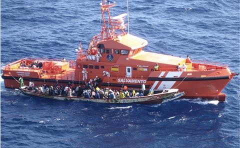 Rescate de inmigrantes por parte de Salvamento Marítimo