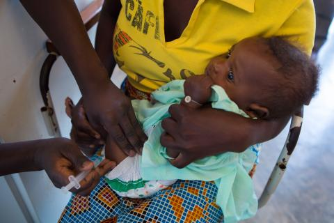 """La Fundación """"la Caixa"""" redobla sus esfuerzos en la lucha contra la neumonía durante la pandemia de la COVID-19"""