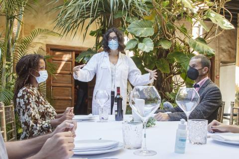 Simulacro para enseñar cómo afrontar las cenas navideñas con seguridad / CanariasNoticias.es