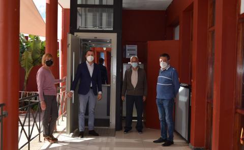 El Club del Mayor de Gáldar estrena nuevo ascensor / CanariasNoticias.es