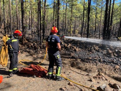 Extinguen un conato de incendio en Chío en Guía de Isora / CanariasNoticias.es