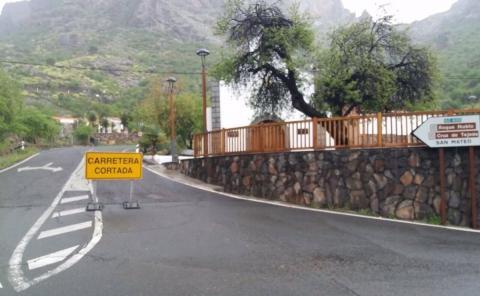 Carretera cortada en Gran Canaria