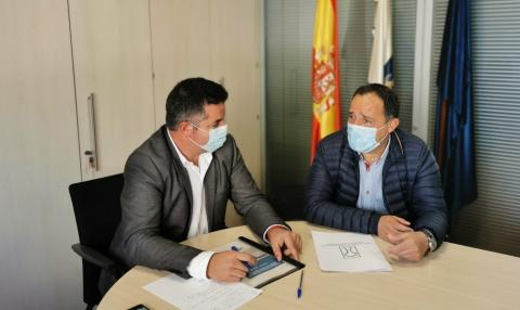 Jesús Díaz, presidente de la Mancomunidad del Norte de Gran Canaria, y Taishet Fuentes, director general de Ganadería de Canarias / CanariasNoticias.es
