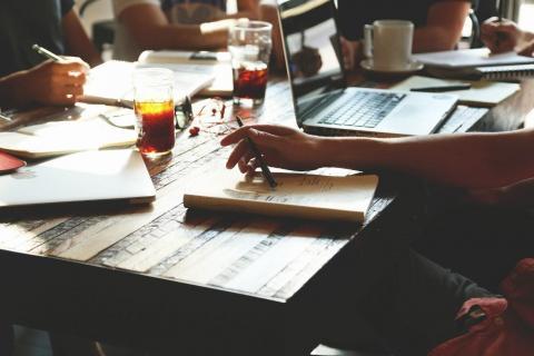 ¿Cómo gestionar proyectos fácilmente de manera telemática?