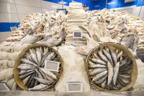 HiperDino refuerza su oferta de pescado para Semana Santa / CanariasNoticias.es