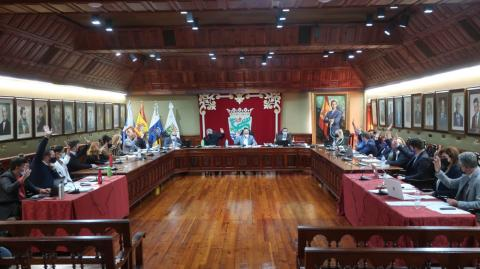 Pleno del Ayuntamiento de Puerto de la Cruz (Tenerife) / CanariasNoticias.es