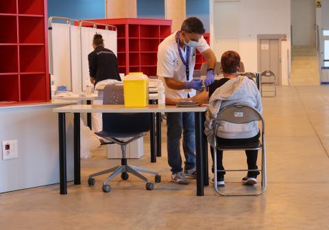 Vacunación en el Recinto Ferial de Los Realejos (Tenerife) / CanariasNoticias.es