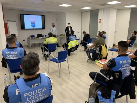 Acción formativa para la Policía Local de Las Palmas de Gran Canaria / CanariasNoticias.es