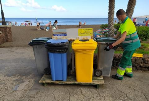 Operario del servicio de limpieza de la UTE de Telde / CanariasNoticias.es