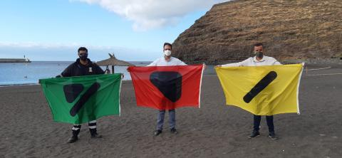 Banderas inclusivas para las personas daltónicas en las playas de SS de La Gomera / CanariasNoticias.es