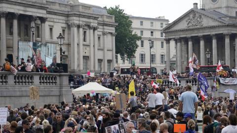 Protestas en Londres contra el confinamiento y la vacunación contra Covid-19
