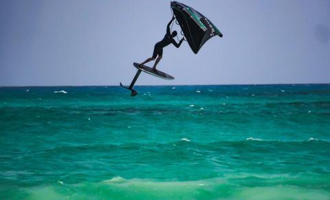 Kiteboarding. Wing Foil/ canariasnoticias