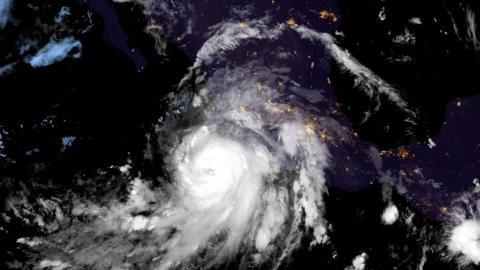 El huracán Nora captado desde el espacio.