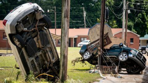 Daños por las fuertes inundaciones en Waverly, Tennessee, EE.UU