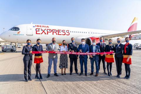 """Bautizo del avión """"Fuerteventura"""" de Iberia Express / CanariasNoticias.es"""