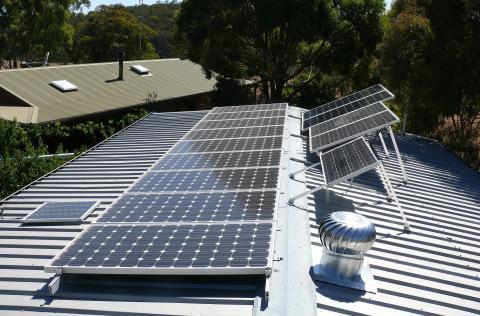 Placas de energía fotovoltaica en Canarias / CanariasNoticias.es