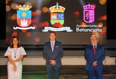 Telde, Betancuria y Yaiza sellan su hermandad/ canariasnoticias